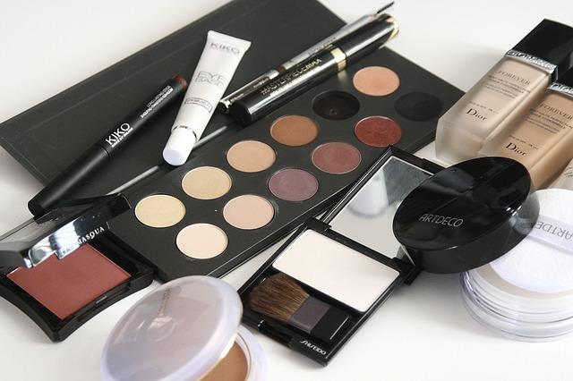 Tips memilih kosmetik