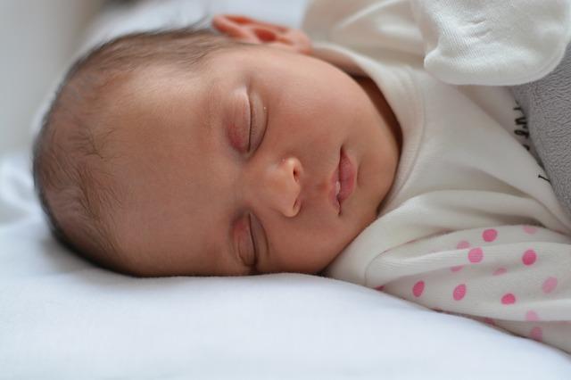 Bayi perlu tidur lelap