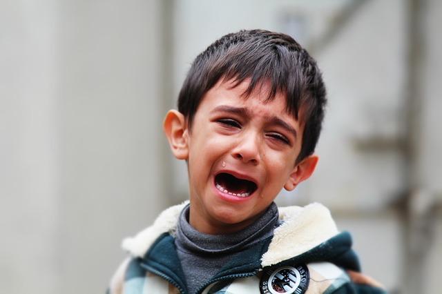 Cara salah mendidik anak