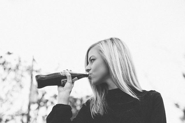 Ibu hamil wajib menghindari minuman bersoda