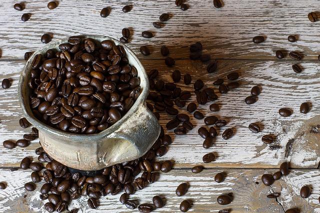 Minum-kopi-mencegah-pengerasan-hati