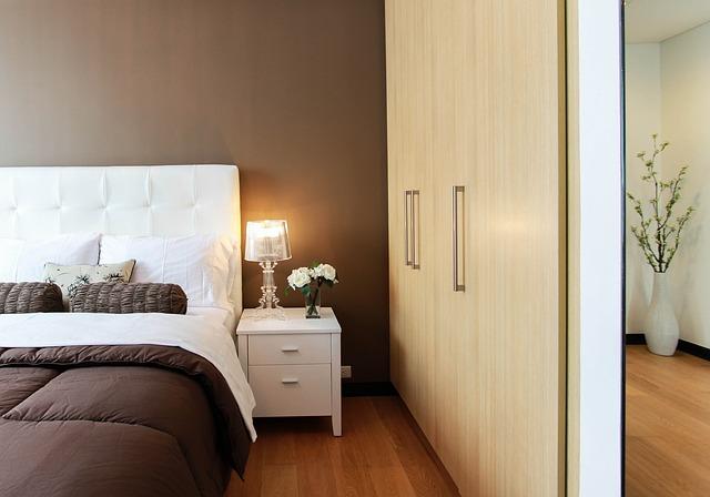 menata ruang tidur yang nyaman