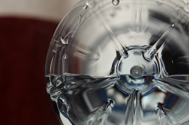 Bahaya air botol dalam mobil
