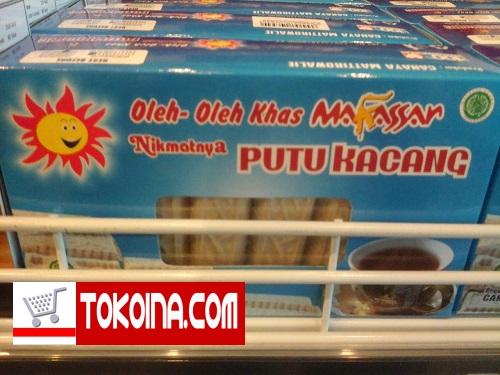 Putu kacang khas Makassar