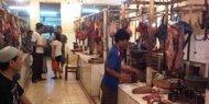 Daging sapi mahal, pedagang bakso beralih ke daging babi?